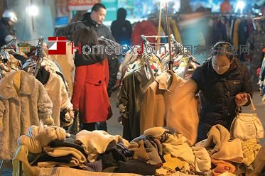 碣石镇:一个满地衣服 没人捡的地方